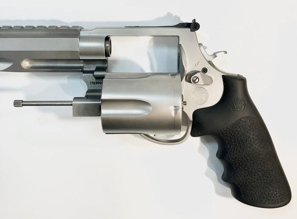 Smith & Wesson - 500 magnum